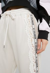 Pinko - WEMBLEY PANTS  - Tracksuit bottoms - white - 4