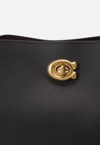 Coach - POLISHED PEBBLE WILLOW SHOULDER BAG - Handbag - black - 6