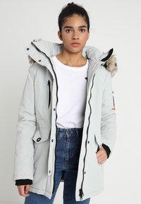 Superdry - ASHLEY EVEREST - Winter coat - ice cloud - 0