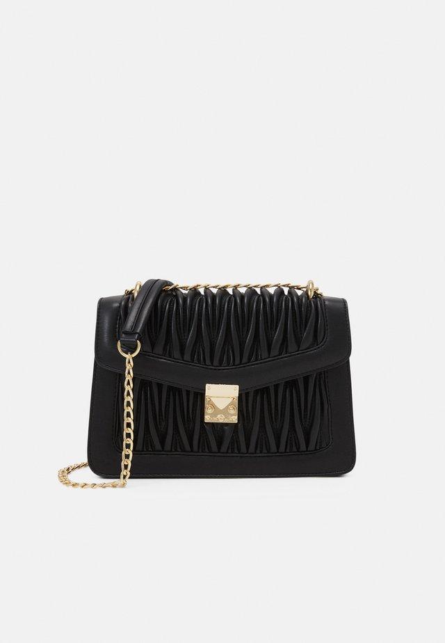 VMPATTI CROSS OVER BAG - Across body bag - black