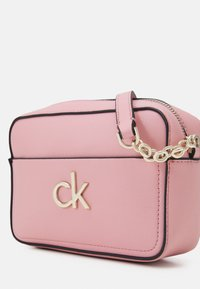 Calvin Klein - CAMERA BAG - Across body bag - shadow rose - 3