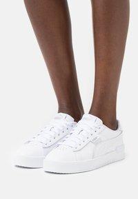 Puma - JADA - Sneakers laag - white/silver - 0