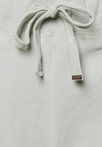 Forever New - LOUNGEWEAR  - Shorts - soft sage green - 2