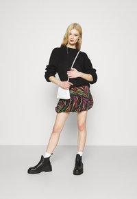 Farm Rio - SHINNY ZEBR BALLOON SKIRT - Mini skirt - multi - 1