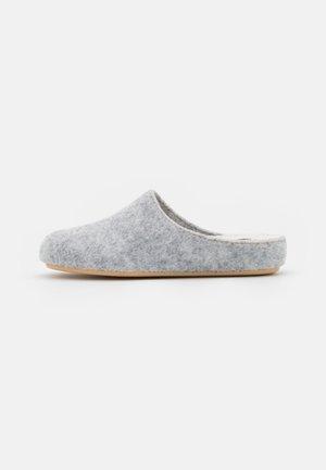 Mules - light grey