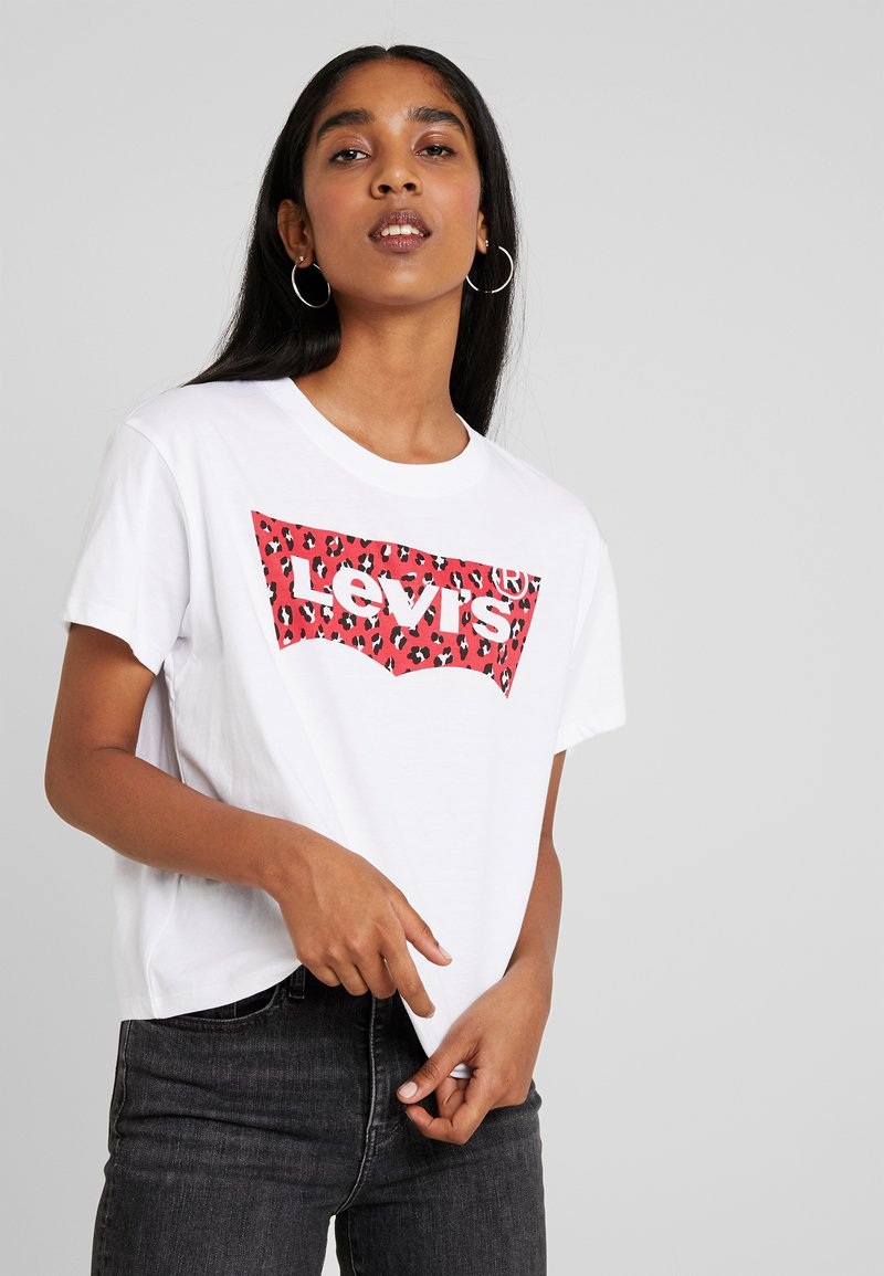 Levi's® - GRAPHIC VARSITY TEE - Print T-shirt - fill white