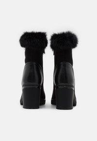Laura Biagiotti - Platform ankle boots - black - 3