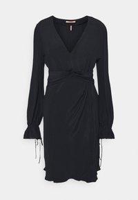 Scotch & Soda - DRESS WITH WAIST DETAIL - Sukienka letnia - night - 0