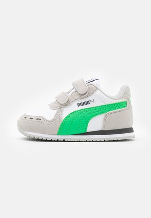 CABANA RACER - Zapatillas - white/island green