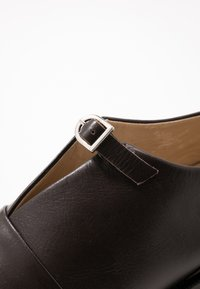 Royal RepubliQ - ELITE MONK SHOE - Slip-ons - chestnut