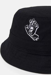 Santa Cruz - CONTRA HAND UNISEX - Hat - black - 3