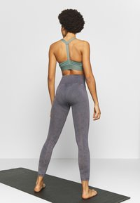 Free People - GOOD KARMA LEGGING - Punčochy - graphite - 2