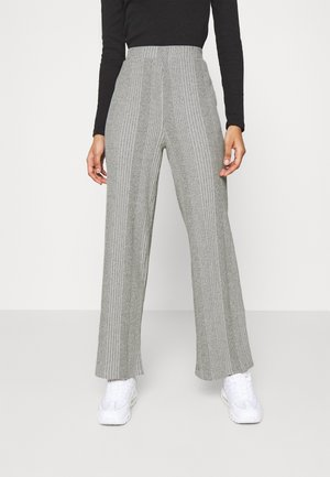 PCMANVI WIDE PANT - Trousers - dark grey melange