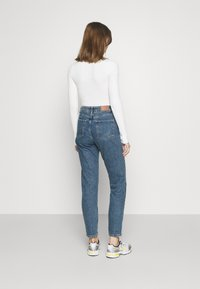 BDG Urban Outfitters - MOM VINTAGE - Relaxed fit jeans - dark denim - 2