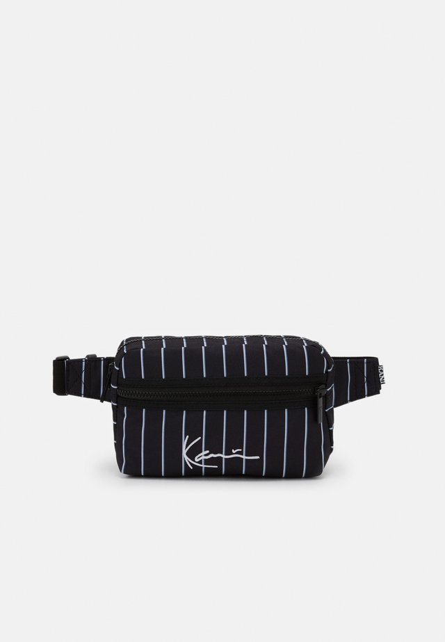 SIGNATURE HIP BAG  - Bum bag - black