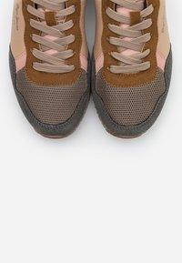 Pepe Jeans - ARCHIE LADY - Zapatillas - beige - 5