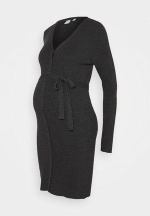 PCMFRENCH V-NECK DRESS - Pletené šaty - dark grey melange