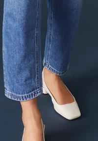 Next - Classic heels - off white - 0