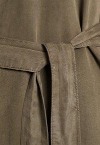 Vero Moda - VMSILJA SHORT DRESS  - Vestido camisero - bungee cord - 6