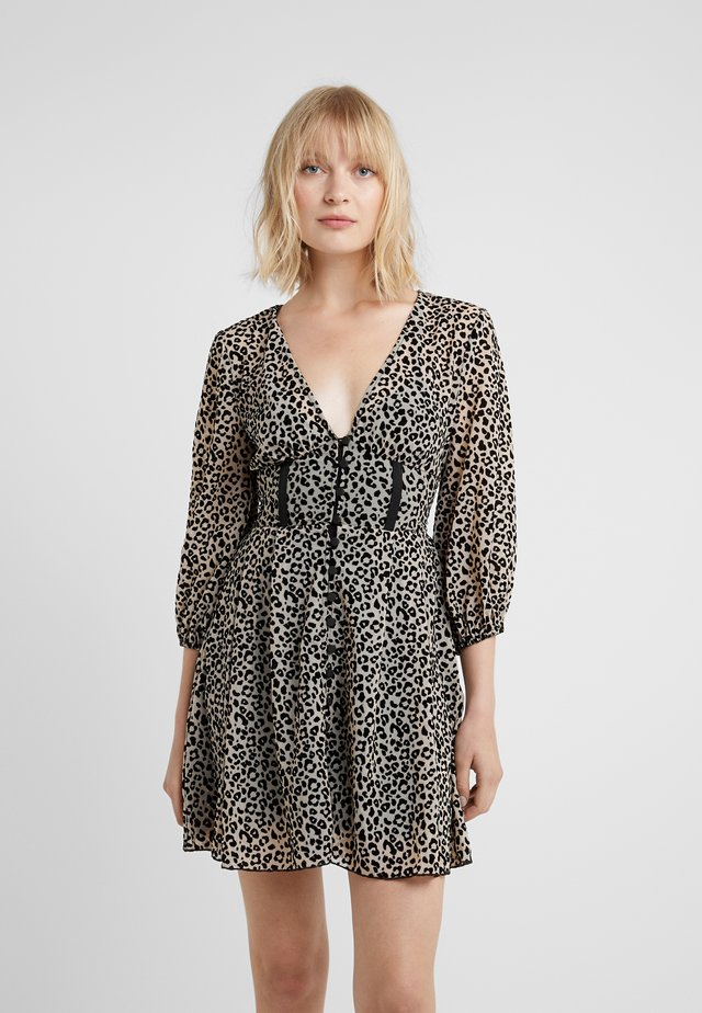 BECKY DRESS  - Vestito estivo - leopard