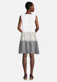 Cartoon - SOMMER OHNE ARM - Day dress - beige/white/grey - 1
