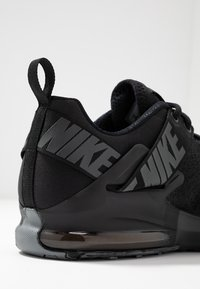 Nike Performance - ZOOM DOMINATION TR 2 - Sports shoes - black/anthracite - 5