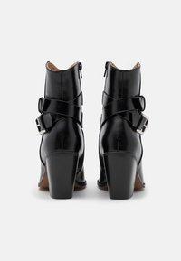 ONLY SHOES - ONLBLAKE STRAP BOOT - Korte laarzen - black - 3