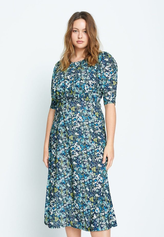 GARDEN - Vestido informal - grün