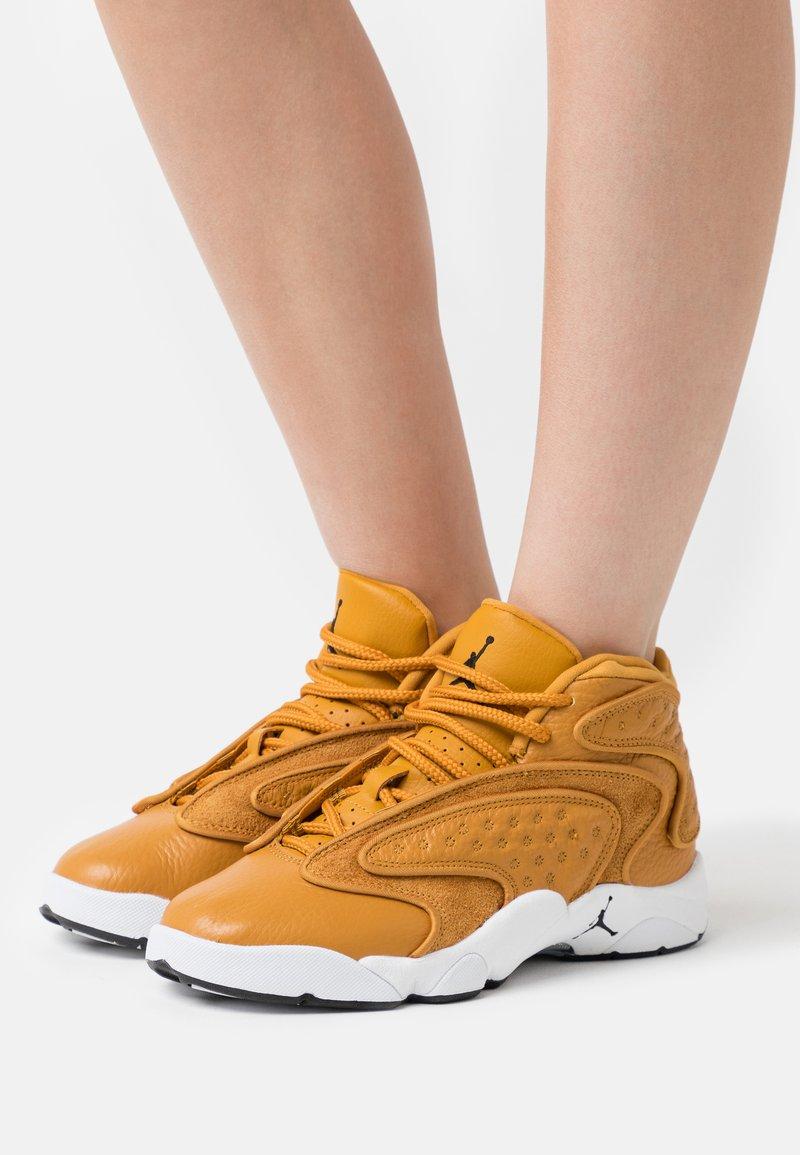 Jordan - AIR  - Zapatillas altas - chutney/black/white