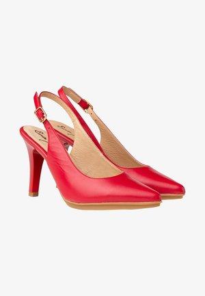 Zapatos altos - rojo