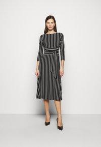 Lauren Ralph Lauren - PRINTED MATTE DRESS - Jersey dress - black - 0