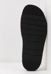 Clarks Originals - LUNAN SLIDE - Pantofle - black - 6