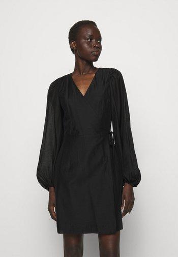 SONIA WRAP DRESS - Denní šaty - black