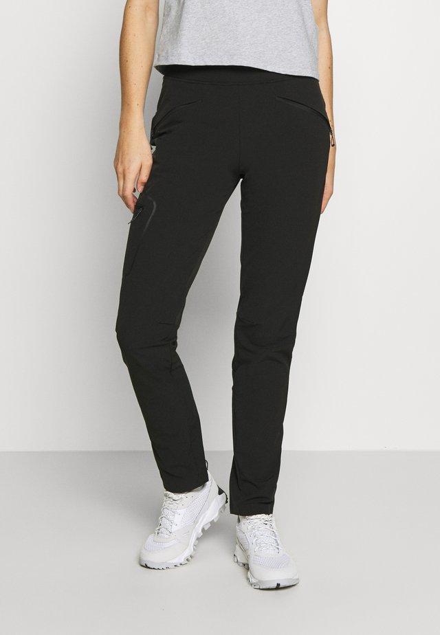 WAYFARER TAPERED PANT - Outdoor trousers - black