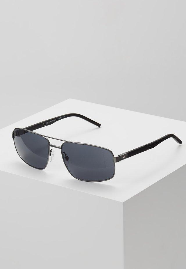 Sunglasses - dark ruthen