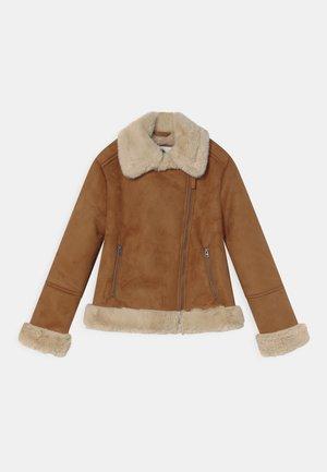SHEARLING BIKER JACKER - Zimní bunda - brown