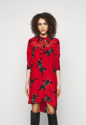 LYNN DRESS - Vapaa-ajan mekko - medium red