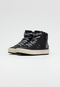 Geox - KALISPERA GIRL - Sneakersy wysokie - black/dark silver - 1