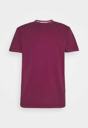 OUTLINE LOGO WASHED TEE - T-shirts print - purple