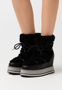 Paloma Barceló - MIRACLE - High heeled ankle boots - black - 0