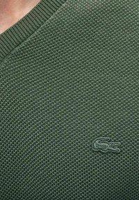 Lacoste - AH4090 - Neule - vert kaki - 2
