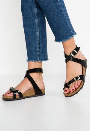YARA - T-bar sandals - black