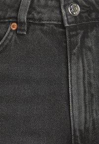 Monki - KELLY - Short en jean - black - 2