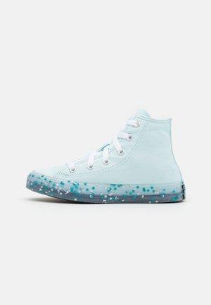CHUCK TAYLOR ALL STAR TRANSLUCENT CONFETTI - Vysoké tenisky - glacier blue/bleached cyan/white