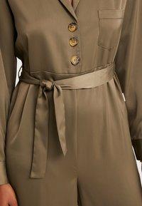 Chalmers - BROOKE JUMPSUIT - Pyjamas - military - 5
