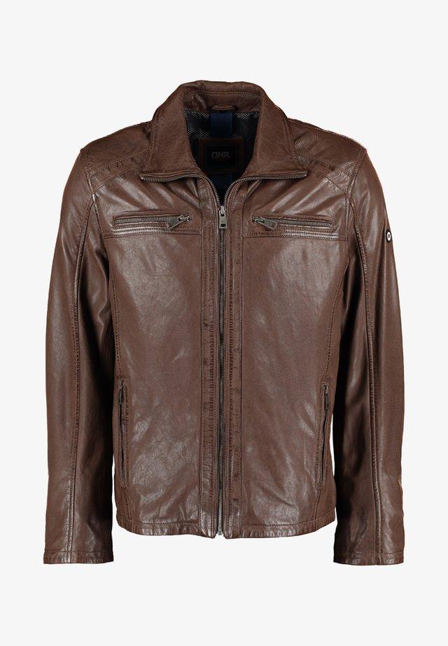 MIT TASCHEN UND REISSVERSCHLUSS - Leather jacket - brown