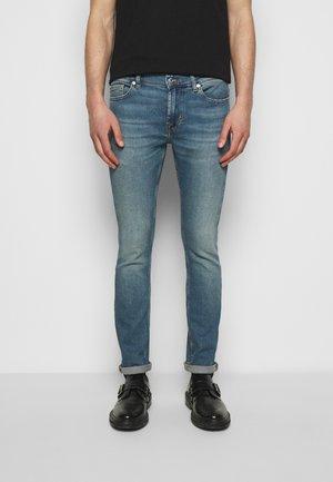 RONNIE LUXE VINTAGE FREEDOM - Skinny džíny - mid blue