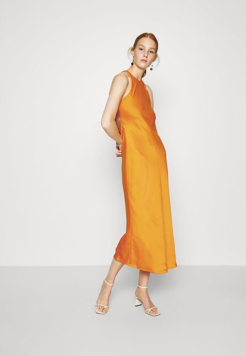 Who What Wear - CUT OUT BACK SLIP DRESS - Cocktail dress / Party dress - papaya