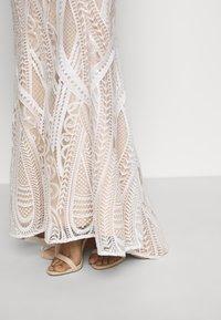 Jarlo - EZRIA - Společenské šaty - ivory - 4