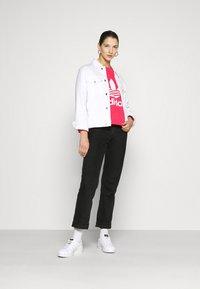 adidas Originals - CREW - Sweater - power pink/white - 1